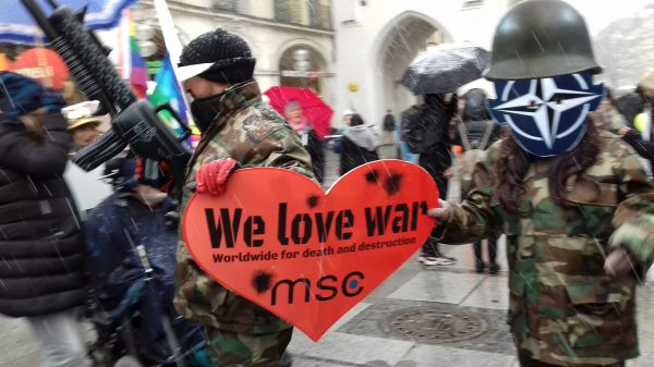 we love war im lauf